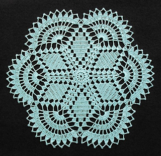 Hexagon_doily_13x13-inches_03-11-13_small2