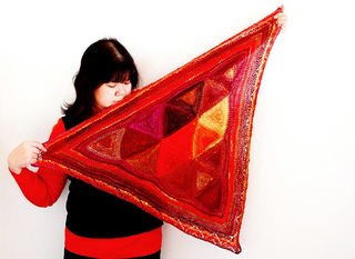 Triangle_shawl_small2
