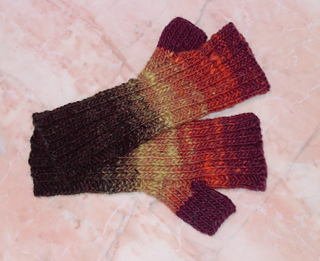 Slouch_hat_and_gloves_006_small2