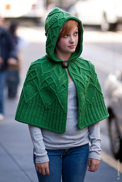 Knitting Pattern Cape With Hood : Fantasy Queue Remily Knits