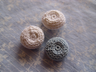 Crochetbutton_012_small2