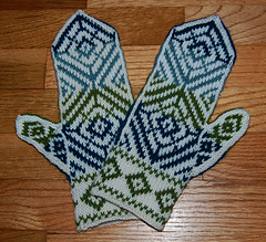 Blue_mittens_small