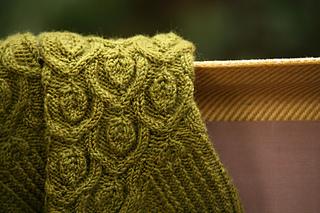 Leaf_arch_socks_closeup_small2