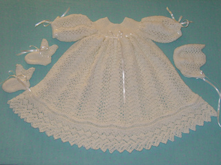 Ribbons_and_lace_small2