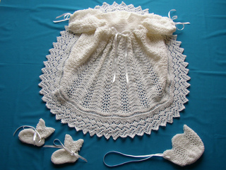 Ribbons_and_lace_april_2010_small2