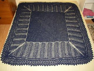 Bloody_big_blue_shawl_march_2010_small2