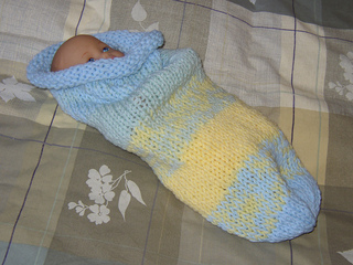 Baby_cuddle_sack_hand_knit_april_2009_small2