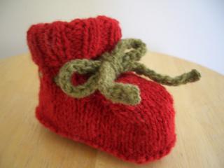 Knitting_may_09_005_small2