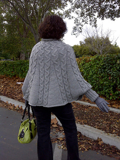 Bdf_cable_poncho_back_small2
