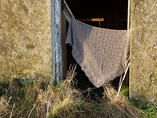 St_kild_shawl_2_small2