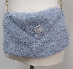 Moody_blue_bag_001_small