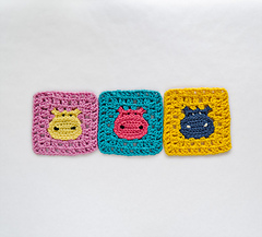 Hippogrannysquare_01_small
