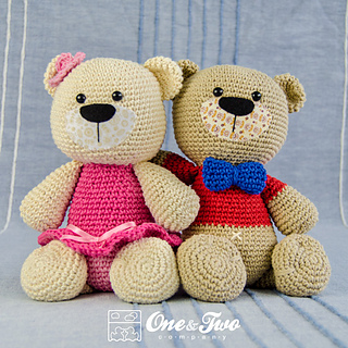 Teddy_sweet_hugs_amigurumi_01_small2