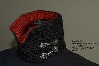 Black_collar_silver_clasps2_small2