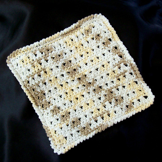Double_crochet_cross_stitch_washcloth_001_small2