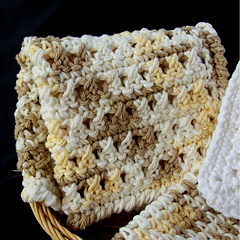 How to Do a Cable Stitch in Double Crochet : Crochet