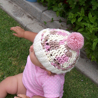 Cupcake_hat_taylor_003_resized_smaller_small2