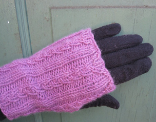 Avenue_over_glove_small2