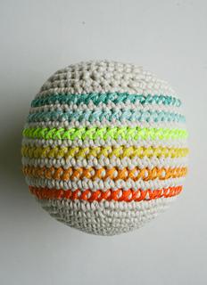 Crocheted-balls-600-13-1_small2