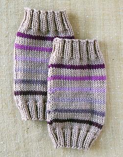 Baby-leg-warmes-flat_small2