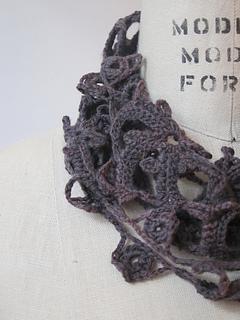 Crochetscarf4_small2