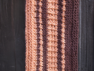 Tunisian_cowl-detail_small2