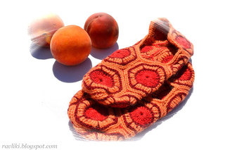 Hexagon_slippers_peach01_small2