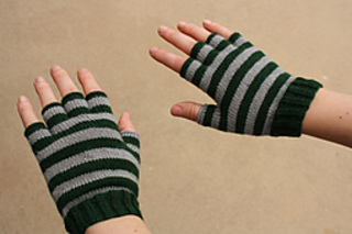 Slytherin_gloves_2_small2
