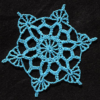 Aqua_blue_snowflake_small2