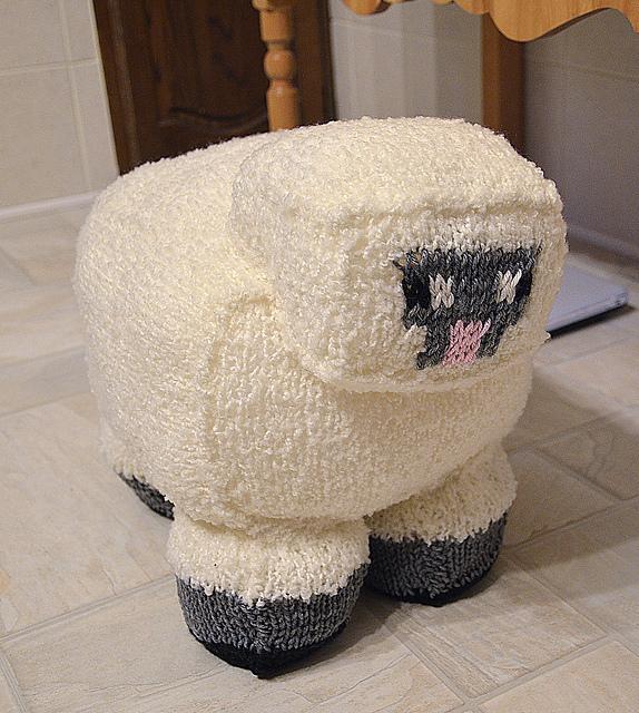 Minecraft Knitting Patterns : PopChiX - What do YOU have to say? Minecraft Sheep free knitting pattern