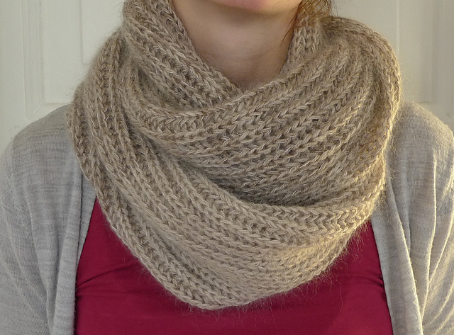 Beige Brioche Cowl