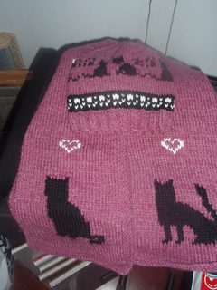 Johanna_s_kittie_scarf___hat_small2