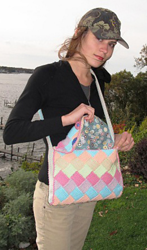 Entrelac_saddle_bag_img_2837_medium