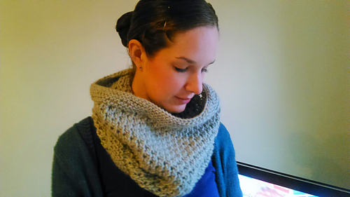 Easy_chunky_eyelet_snood_-_me_pic__medium