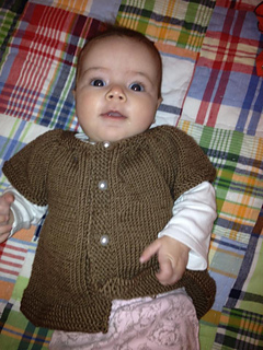 Abby_s_first_sweater_small2