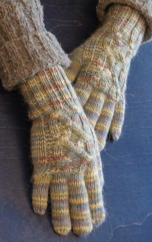 Gloves3_medium