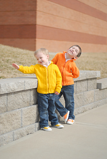 Orange_and_yellow_sweaters_012_small2