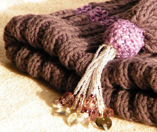 Hat_purplestripeknit1_small2