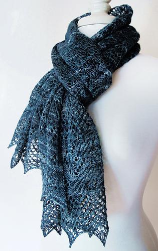 Liz_scarf1