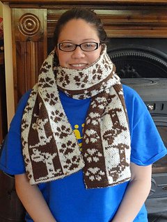 Doxie_scarf2_small2