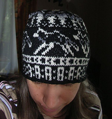 Wolfpack_beanie2_small