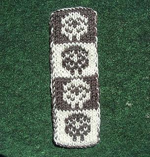 Sheep_bookscarf2_small2