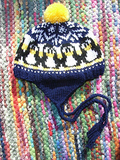 Baby_penguin_earflap_hat12_small2