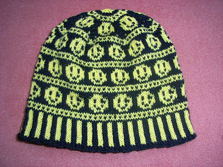 Smiley_beanie_small2