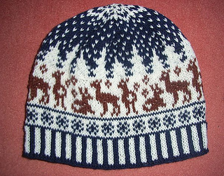 Snow_roe_deer_beanie0_small2
