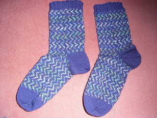 Zigzag_socks3_small2