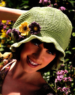 Simply_knitting_hat_small2