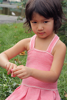 Elizabeth_shooting_601-cropped_small2