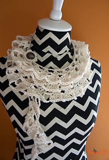 Tallulah-waterfall-scarf---buttoned_small2