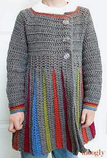 Eloise-girls-sweater-modeled_small2